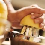 Para qué sirve tomar el jugo de limón en ayunas
